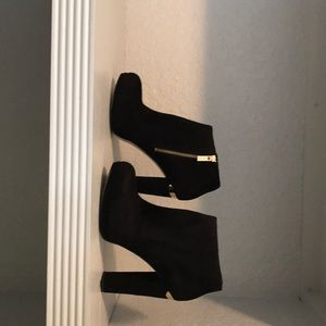 Michael Michael Kors haven booties Size 9 new